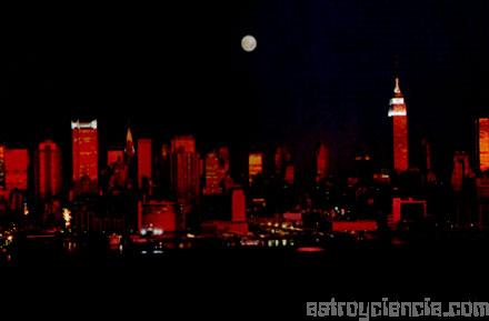 Luna sobre Nueva York