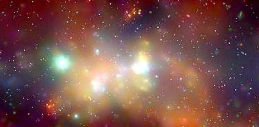 El destello de rayos X a la izquierda del centro revela el agujero negro supermasivo del centro de la galaxia.