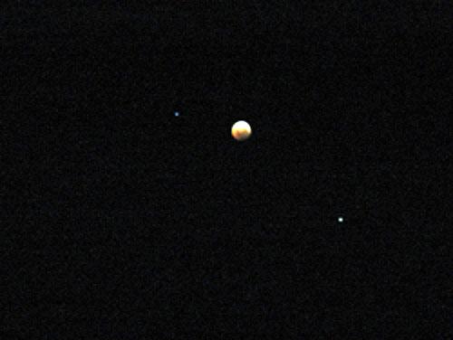 Fotografía de Moisés Valderrama del Eclipse de Luna 3/4