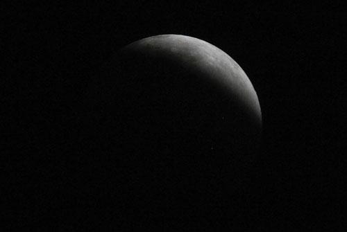 Fotografía de Juan Guzman del eclipse de Luna 5/6