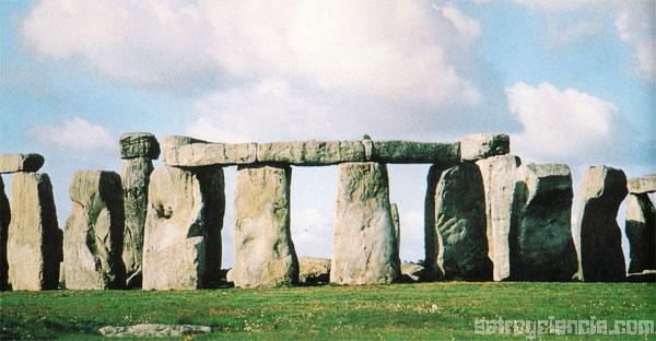 Stonehenge, piedras alineadas por los primeros astrónomos