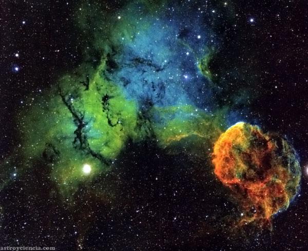 http://www.astroyciencia.com/wp-content/uploads/2011/10/nebulosa-medusa.jpg