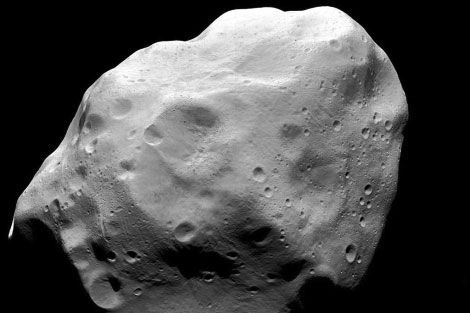 El asteroide Lutetia, captado por la sonda Rosetta