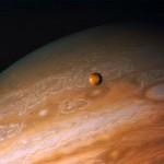 Descubren dos lunas más orbitando Júpiter