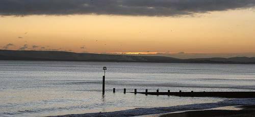 ¿Por qué las zonas costeras tienen más horas de sol?
