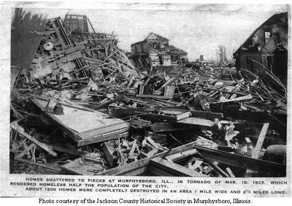 Tornado de Missouri en 1925 - Artículo en un periodico