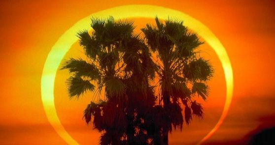 Eclipse de Sol anular, también llamado anillo de fuego