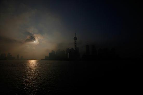 Imagen del eclipse del 20 de mayo tomada desde Shangai