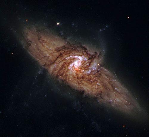 Galaxia espiral NGC 3314a y NGC 3314b