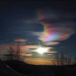 Nubes nacaradas y luminiscentes